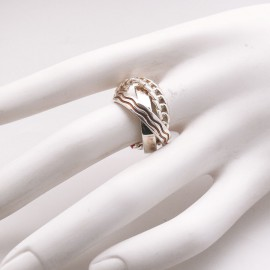bague-fantaisie-en-argent-rhodie-romance-t56-bijou-createur-camille-et-camille-ref-01068