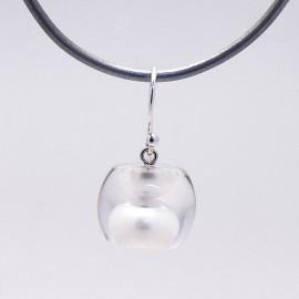 Boucles d'oreilles percées en résine perle d'eau créateur Zsiska