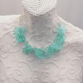 Ras de cou voile turquoise sur cable