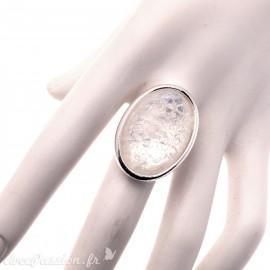 Bague Ubu ovale quartz blanc et argent réglable