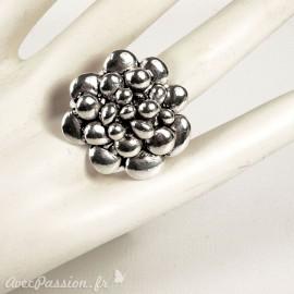 Bague Ubu fleur ronde métal argent