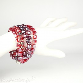 Bracelet Cheny's multi rangs perles rouges irisées