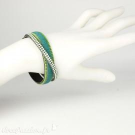 Bracelet Cheny's vert strass vert amande chainette vert et doré pelage