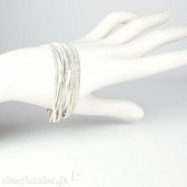 Bracelet Cheny's aimanté multi-rangs bohème chic doré et blanc - attache en métal argent