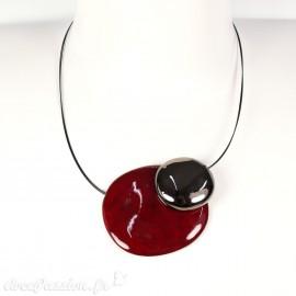 Collier fantaisie créateur Marie Pastorelli aimanté rouge cerise et bronze