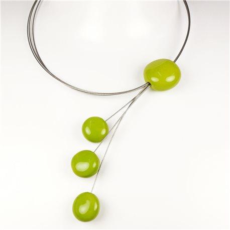 Collier fantaisie créateur Marie Pastorelli vert anis -