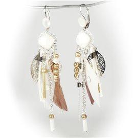 Boucles d'oreilles dormeuses argent blanc plumes et marron Patchwork