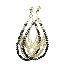 Boucles d'oreilles pendantes Hippie Chic perles noir et dorées Charlotte & Alexandre