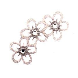 bijou-de-peau-karnyx-maulnia-n3-petales-argent-et-irise-blanc-et-strass-cristal-bijou-createur-ka
