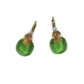 Boucles d'oreilles vert émeraude oreilles percées Nathalie Borderie