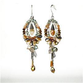 Boucles d'oreilles pendantes Cheny's oreilles percées gouttes perles rocailles vertes oranges et marrons