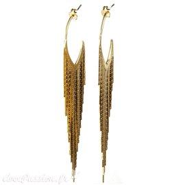 Boucles d'oreilles longues dorées Eneida oreilles percées