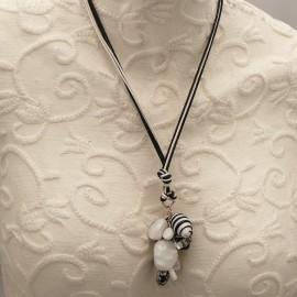 collier-fantaisie-bijou-createur-un-jour-ou-l-autre-ref-u0443