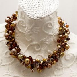 Collier ras de cou perle de verre marron doré