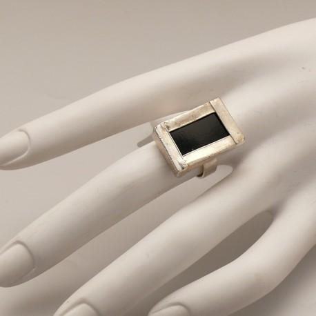 bague-fantaisie-reglable-rectangle-vitrail-noir-bijou-createur-z-ref-u0521