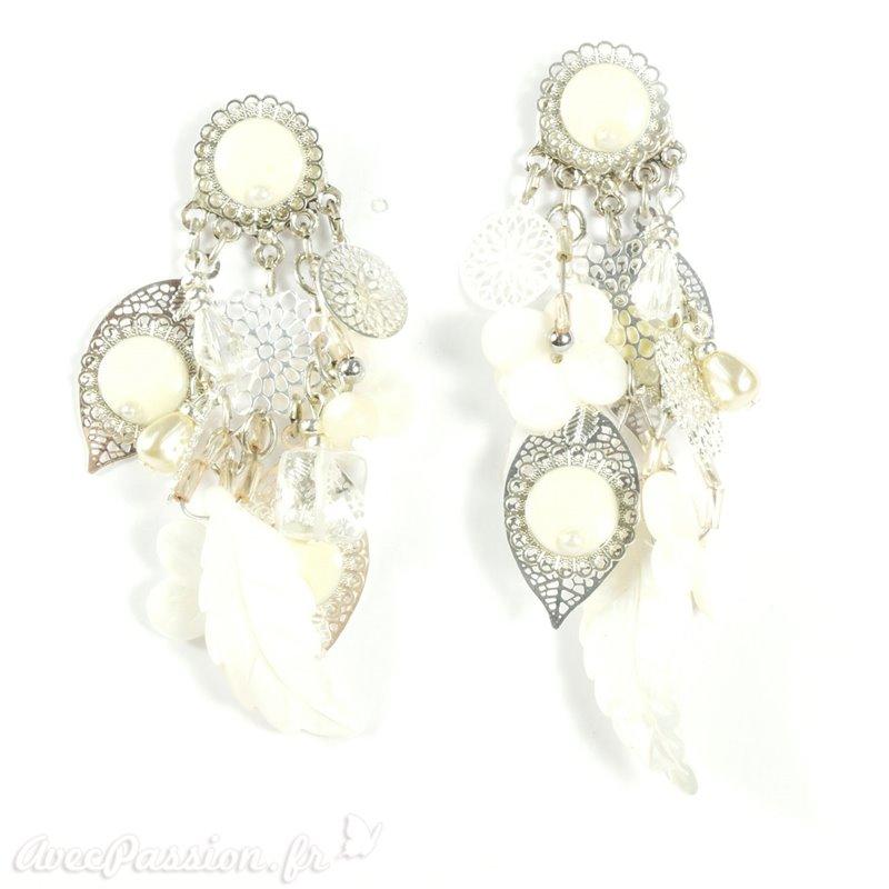 51934b96263 Boucles d oreilles Patchwork blanc et argent oreilles percées