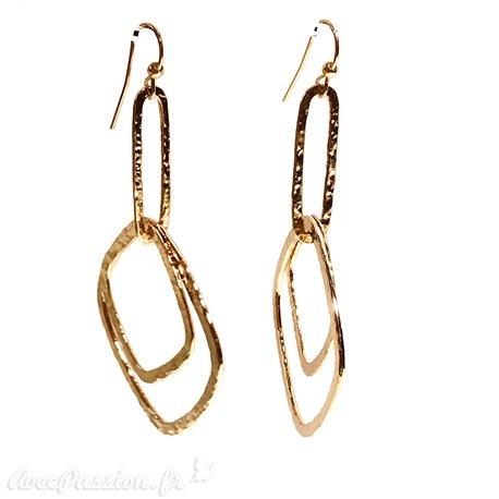 Boucles d'oreilles Ubu 2 carrés doré martelé
