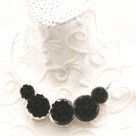 collier-fantaisie-ras-de-cou-en-argent-et-fleurs-no-bijou-createur-chainteuil-ref-00118