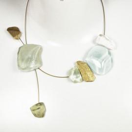 Ras de cou Nathalie Borderie asymétrique vert pastel en verre