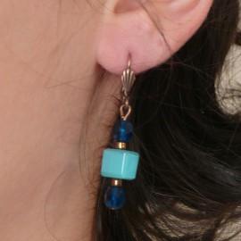 Boucles d'oreilles bleu dormeuses bijou de créateur