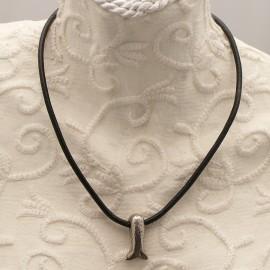 collier-fantaisie-aliacorail-ras-de-cou-lien-de-cuir-noir-s20-bijou-createur-lxxv-ref-00426
