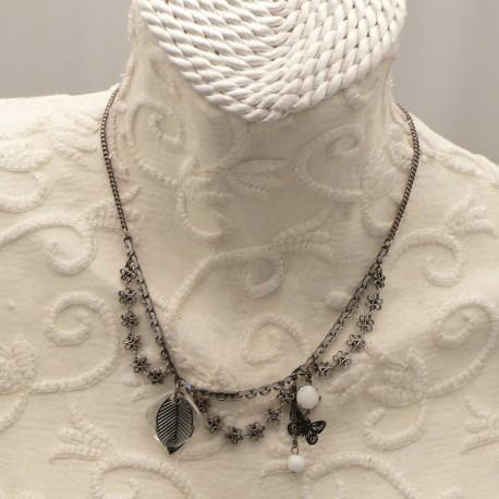 collier-fantaisie-45-cm-argent-et-breloque-carre-swar-bijou-createur-swarovski-ref-00532