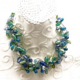 Collier ras de cou perle de verre vert bleu