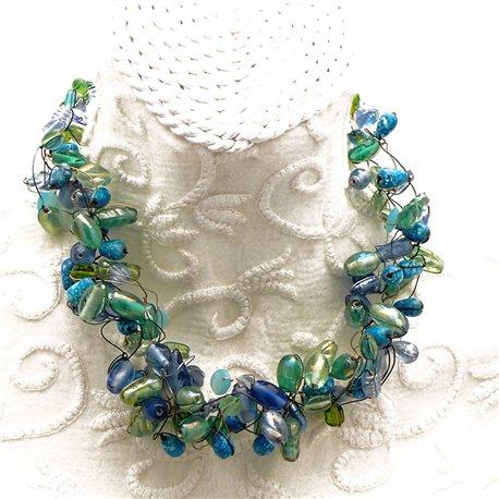 Collier ras de cou perle de verre vert bleu bijou fantaisie de créateur